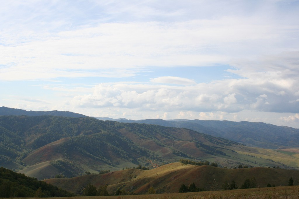 Вид с горы прямо над участком
